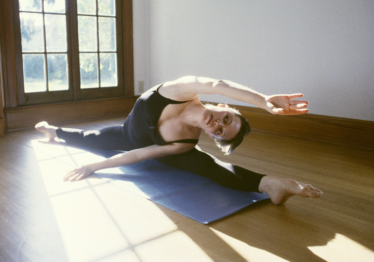 Flexible_yoga